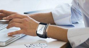 Samsung лидирует на рынке носимых устройств