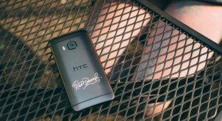 Как HTC сотрудничает с Робертом Дауни-младшим на этот раз?