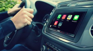 Система CarPlay от Apple добралась в Россию