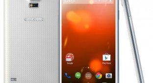 Galaxy S5 получил неофициальную прошивку CyanogenMod 12.1