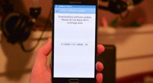 Galaxy Note 4 продолжает получать обновление Lollipop