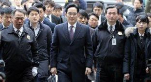 Арестован вице-президент Samsung
