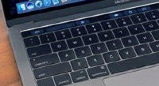 На Apple подали в суд из-за клавиатуры в MacBook