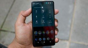 Essential Phone 2 не будет, основатель продает компанию