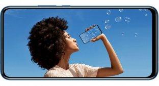 P Smart Z — первый смартфон с выдвижной камерой от Huawei